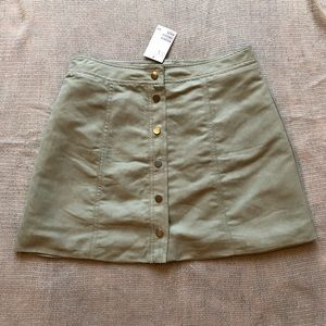 NWT H&M Button-up Skirt size 8